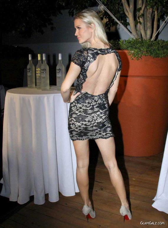 Joanna Krupa At Voli Lights Vodka Benefit