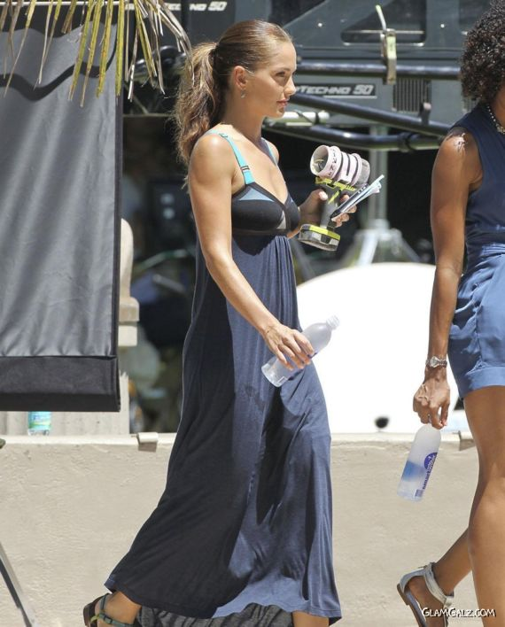 Minka Kelly On The Sets Of Charlies Angels