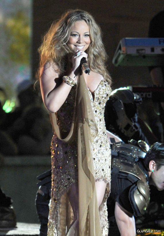 Mariah Carey Performing At NFL Party