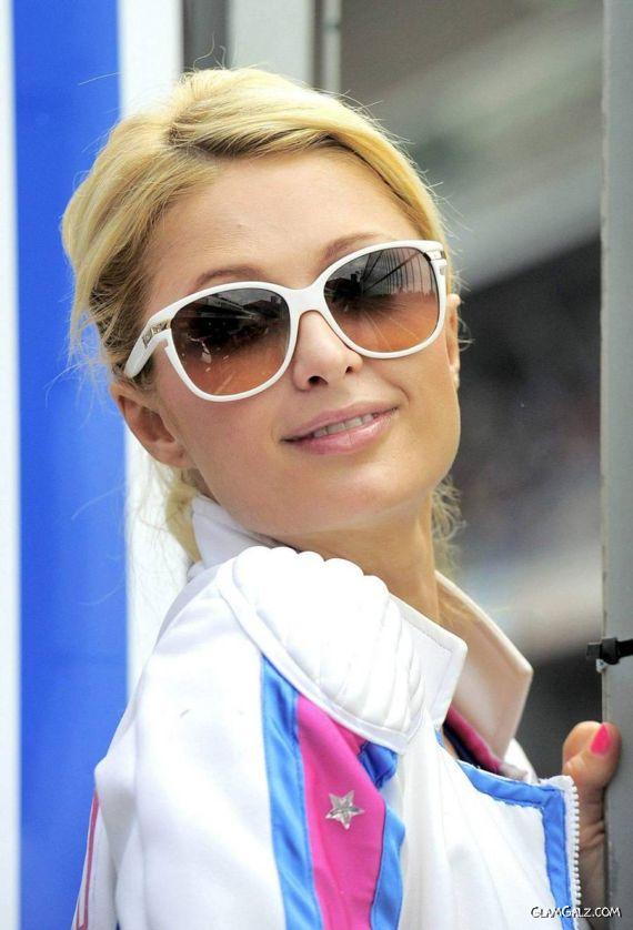 Sporty Paris Hilton in Barcelona