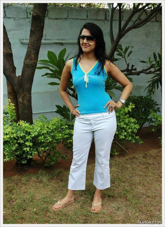 South Indian Actress Sakshi Sivanand
