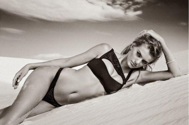 Dutch Model Bregje Heinen